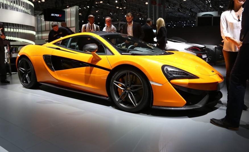 2016-McLaren-570S-1013-876x535