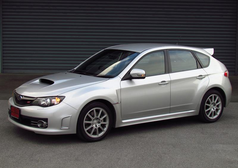 2011_Subaru_Impreza_WRX_STi_03