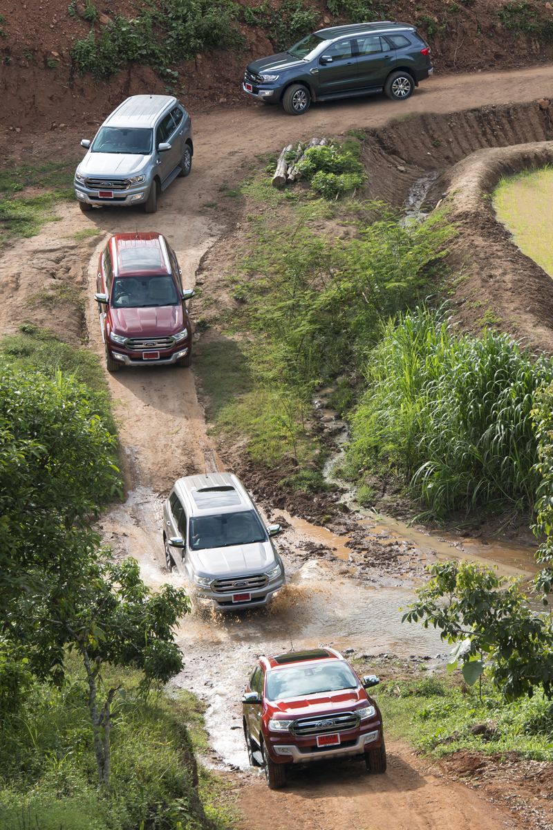 Ford Everest on location 004
