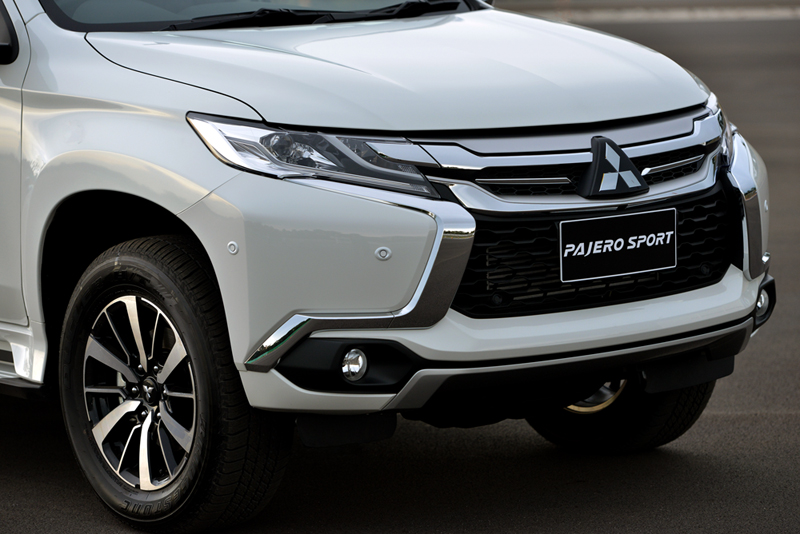 Exclusive First Impression : ทดลองขับ Mitsubishi Pajero ...