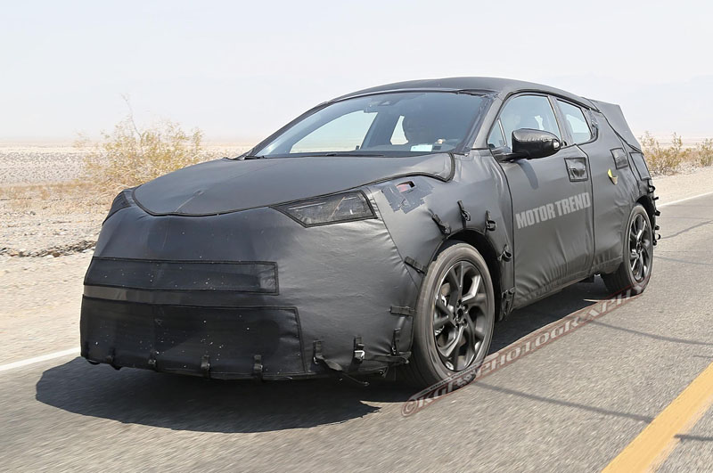 toyota-scion-subcompact-crossover-prototype-front-angle