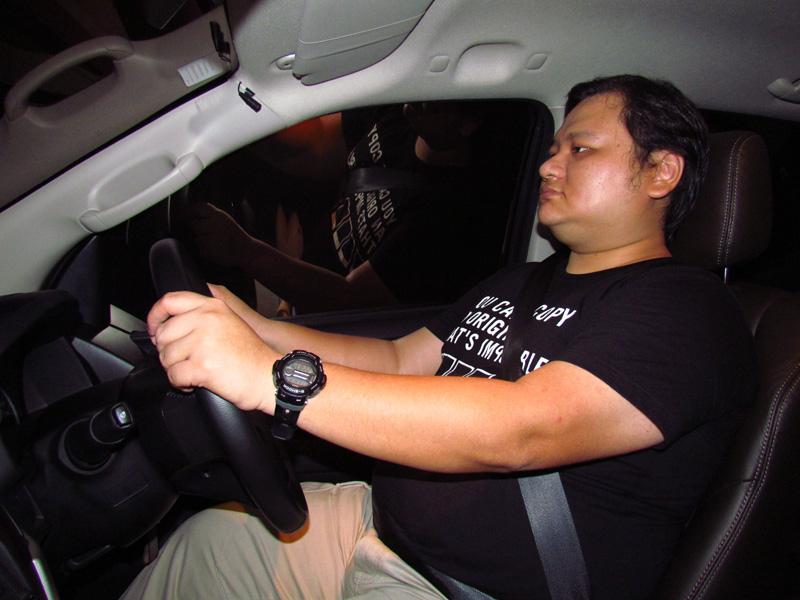 2013_06_Isuzu_DMAX_Engine_06_Jimmy_Drive