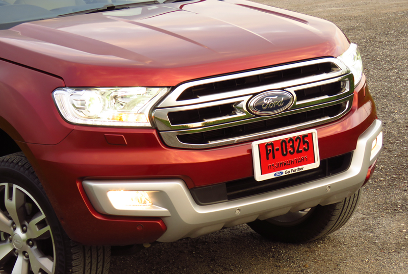 2015_07_10_Ford_Everest_01