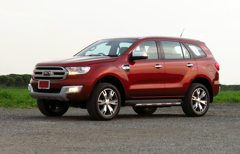 2015_07_10_Ford_Everest_03
