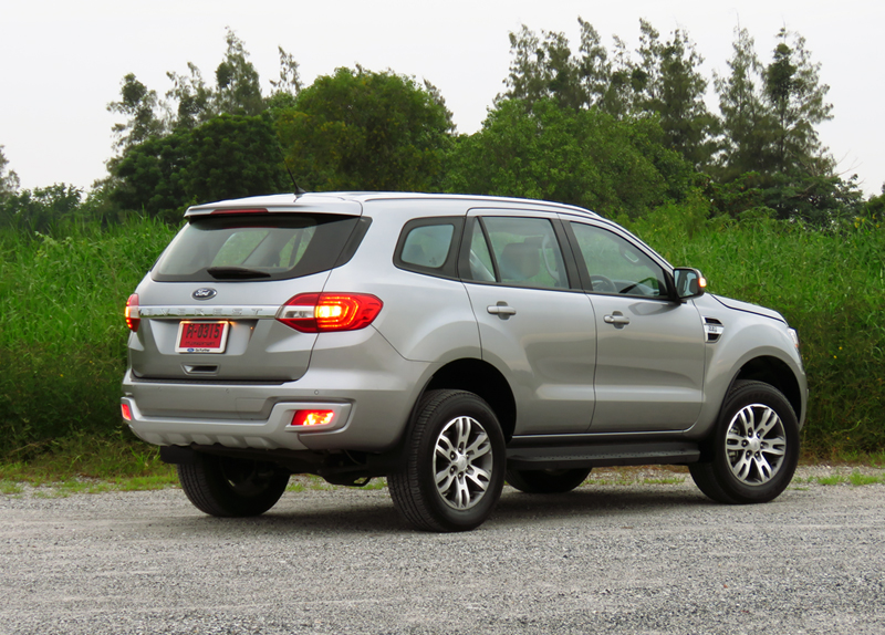 2015_07_10_Ford_Everest_10