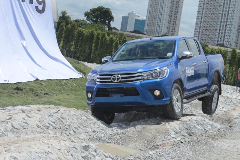 2015_09_10_Toyota_Driving_3