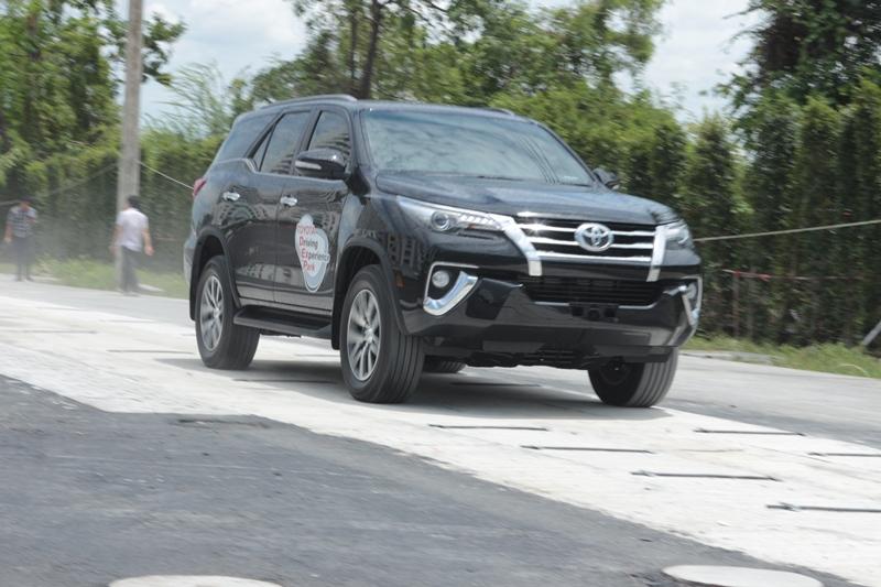2015_09_10_Toyota_Driving_5