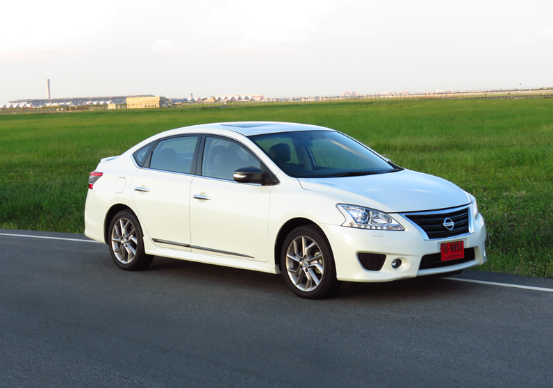 2015_11_04_Nissan_Sylphy_Turbo_02