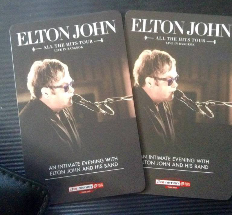 Elton-John-Bkk-005