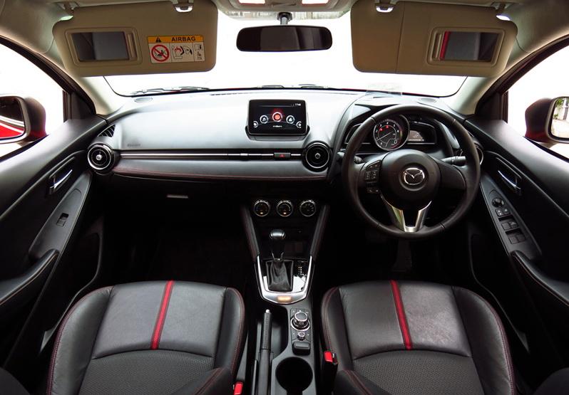 Mazda2_D15_HB_02