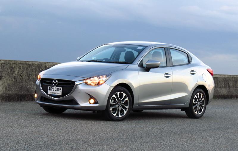 Mazda2_D15_Sedan