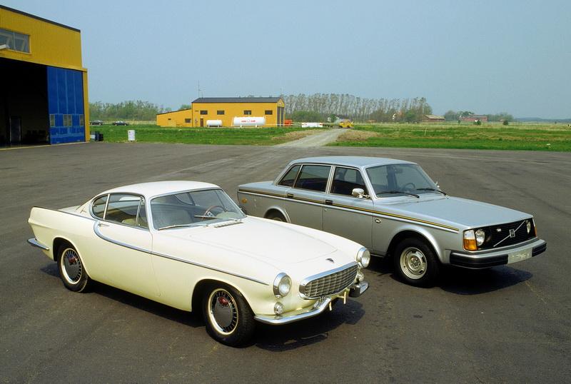 R5848_P1800_Prototype_and_Volvo_244_Jubilee_version