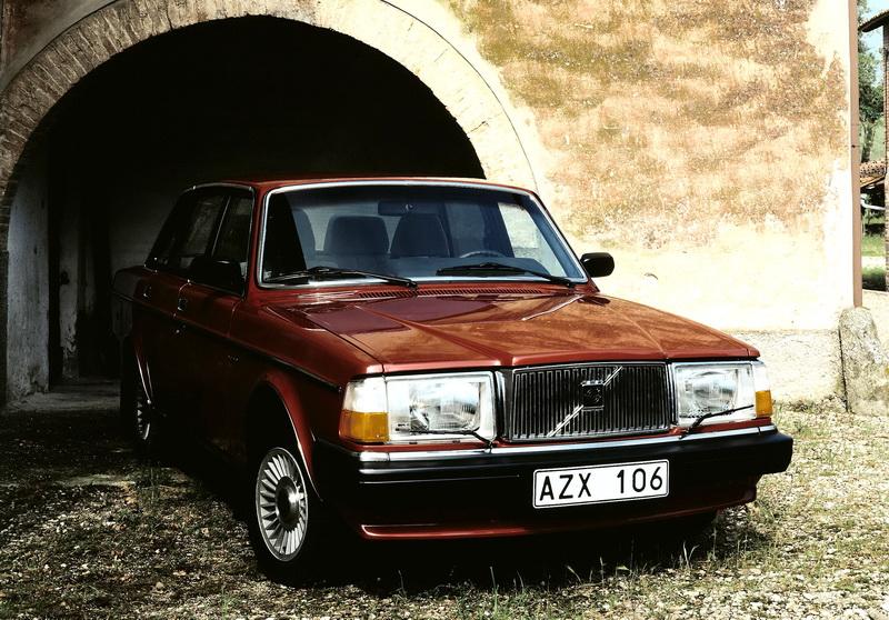 R6122_Volvo_264_GLE