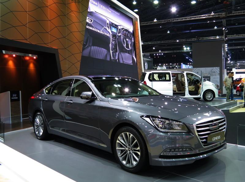 Hyundai_Genesis