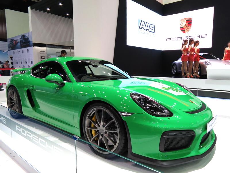 Porsche_GT4