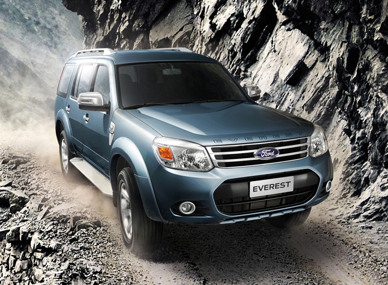 2013_Ford_Everest_Last_Minorchange_01