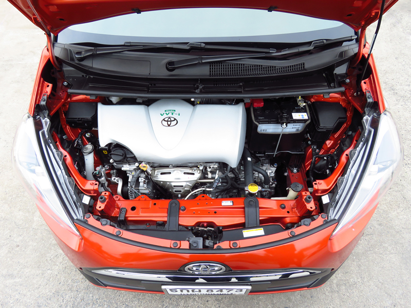2016_11_Toyota_Sienta_Engine_02_Thai_Version