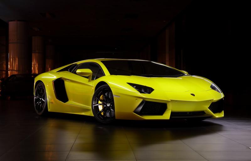 Lamborghini_AVentador023