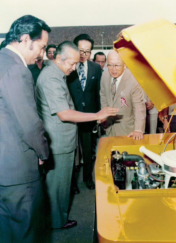1977_Toyota_President_Soeharto