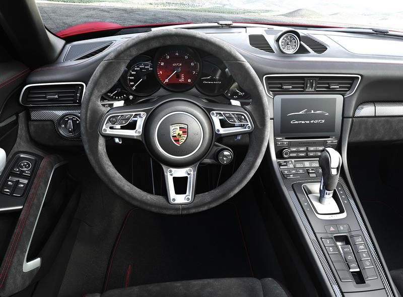 2017_CarreraGTS_Cockpit2