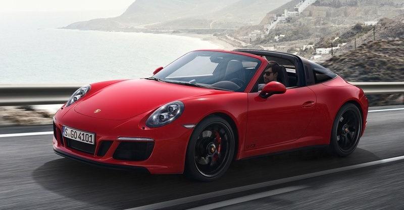 Porsche-911_GTS-2018-800-06