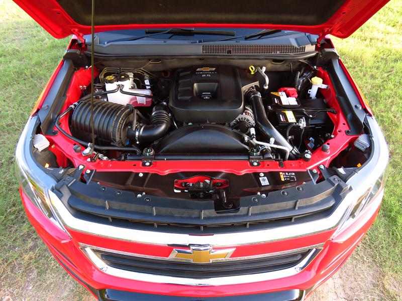 2016_07_28_Chevrolet_Colorado_Minorchange_Engine_01