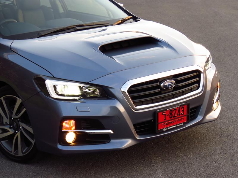 2015_12_Subaru_Levorg_01