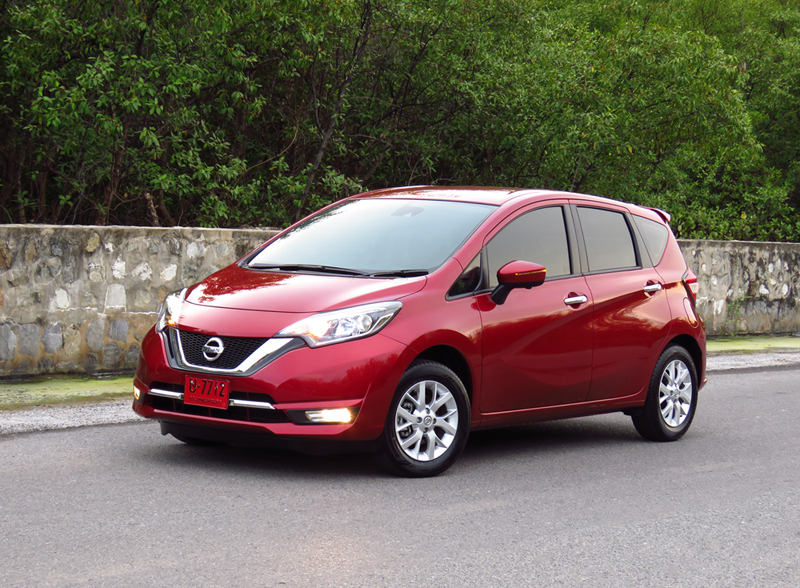 2017_03_Nissan_Note_09
