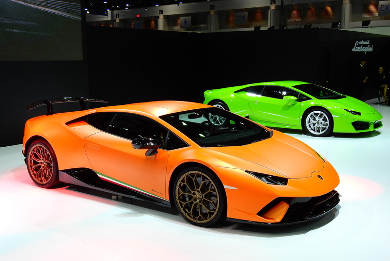 Lamborghini_Performante