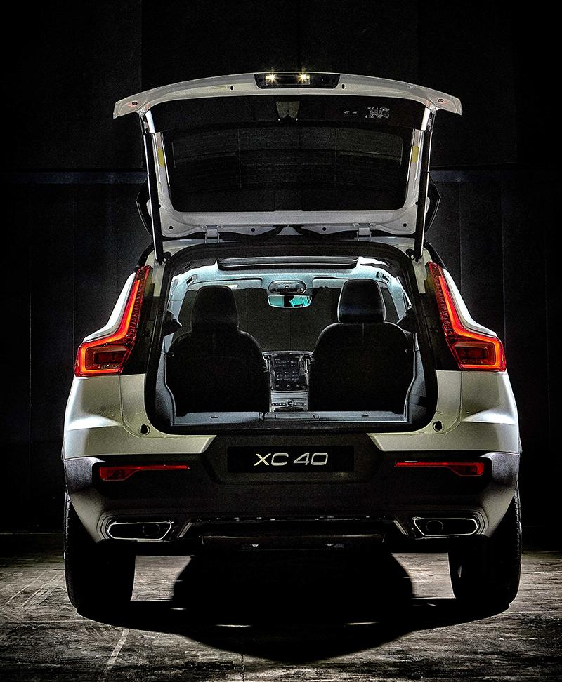 ราคาอย่างเป็นทางการ Volvo XC40 (T4 190 แรงม้า / T5 AWD 252
